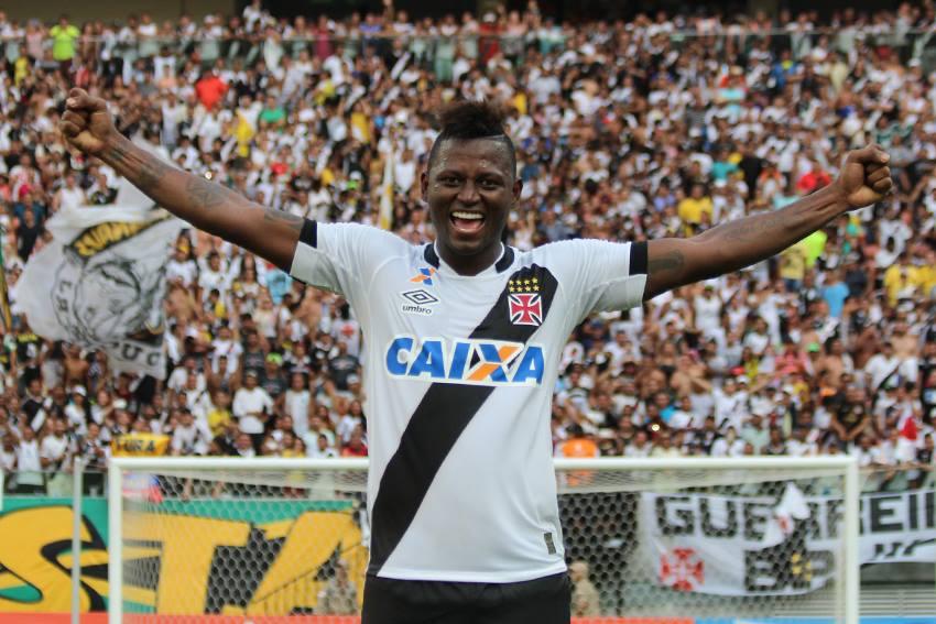 Riascos no Vasco em 2016: Gols em clássicos, melhor atacante do Campeonato Carioca e xodó da torcida
