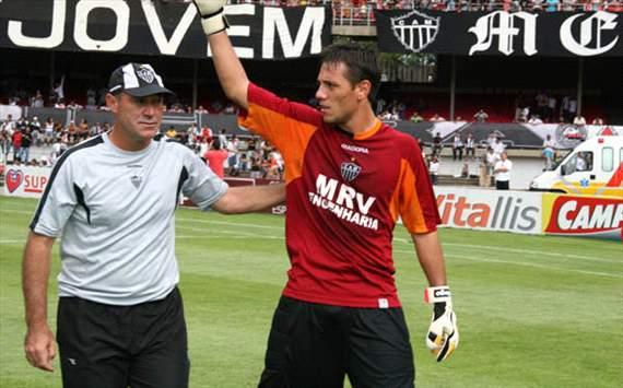 Diego Alves jogou por duas temporadas e meia no Galo, conquistando títulos e deixando ótima impressão.