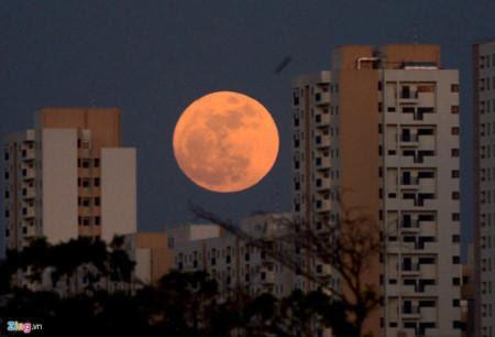 super-moon-on-nov-14-2016-at-vn-2