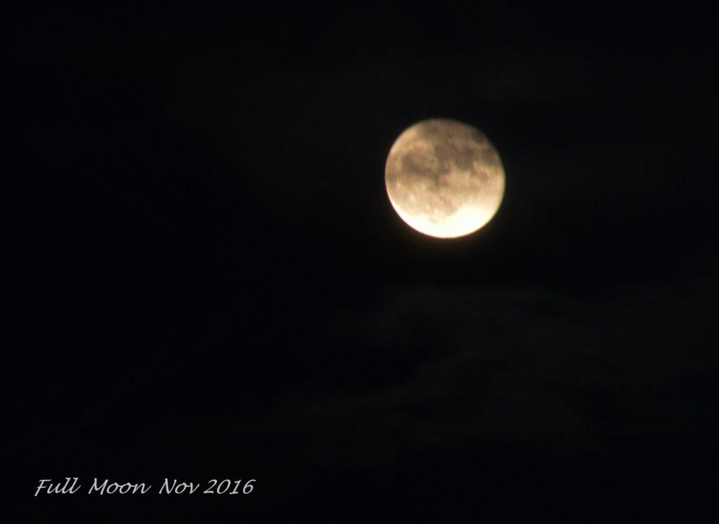 full-moon-nov-15-2016-at-7gio22-pm