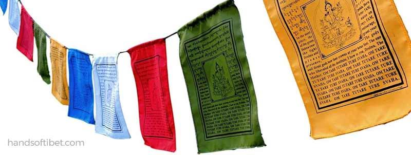 banderas tibetanas plegaria