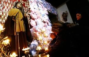 Napoli pizzo alle suore del Santuario di Santa Maria Francesca