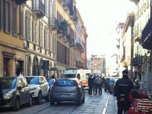 foto articolo rapina gioielliere milano