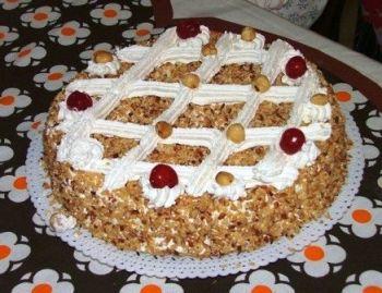foto ricetta torta nocciole e amarene