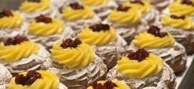 Il Maestro Pasticcere Gennaro Volpe ha proposto zeppole di San Giuseppe anche per la festa della mamma