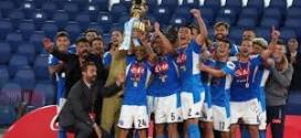 Il Napoli alza la Coppa Italia edizione post-Covid