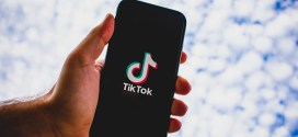 Tik Tok e le blackchallenge – Il serial killer digitale.