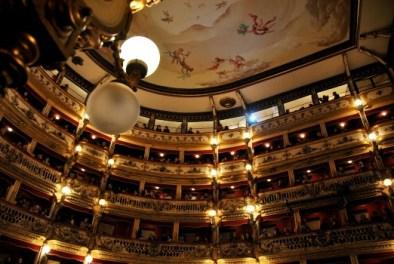 Regale,_Teatro_Bellini_Napoli
