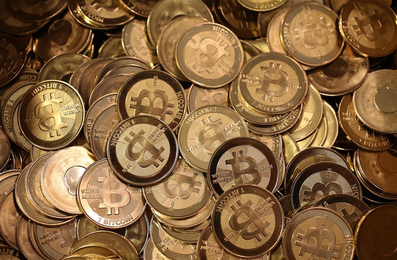 è bitcoin moneta mercato nero