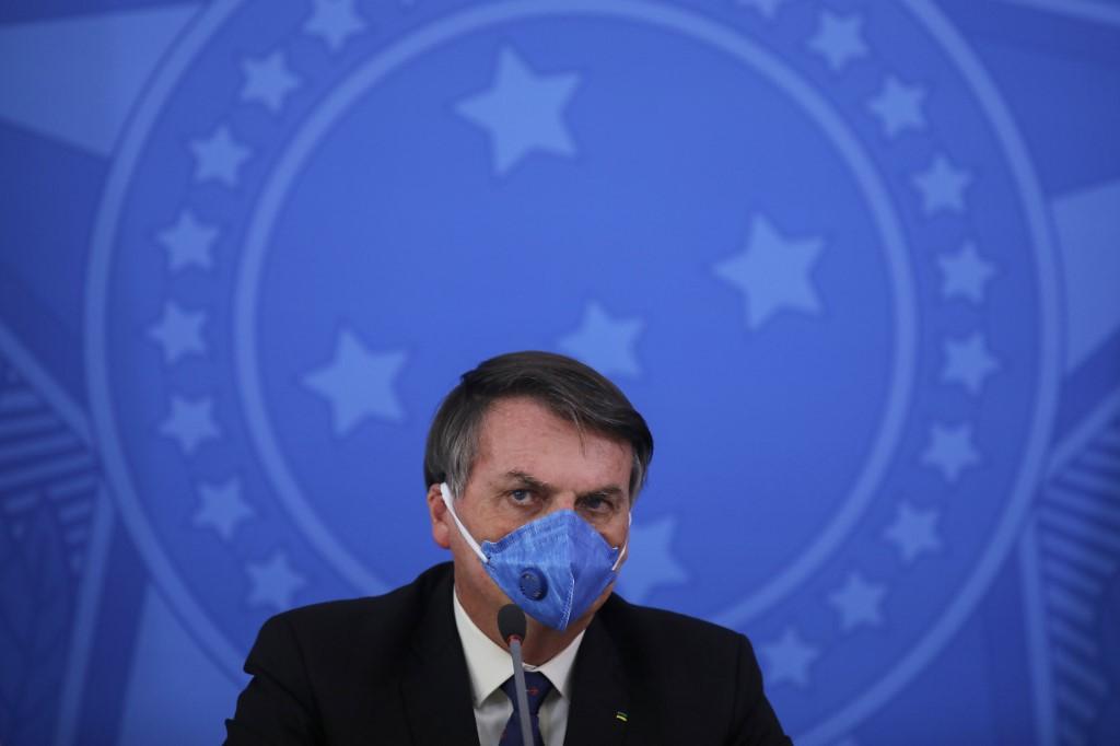 Il Brasile è in difficoltà per l'epidemia e cerca di proteggersi dal virus  e da Bolsonaro - Linkiesta.it