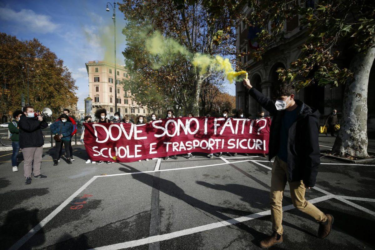 scuola proteste