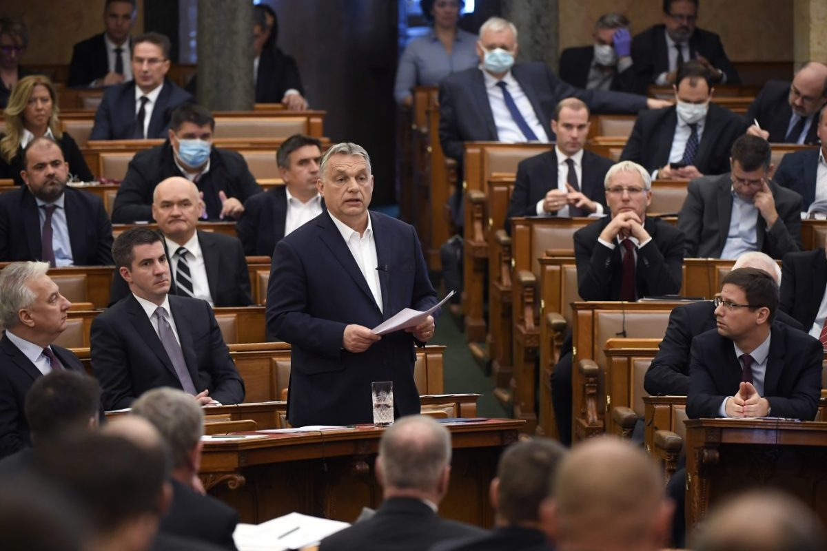Orban parlamento