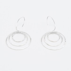 Triple nesting hoop earrings