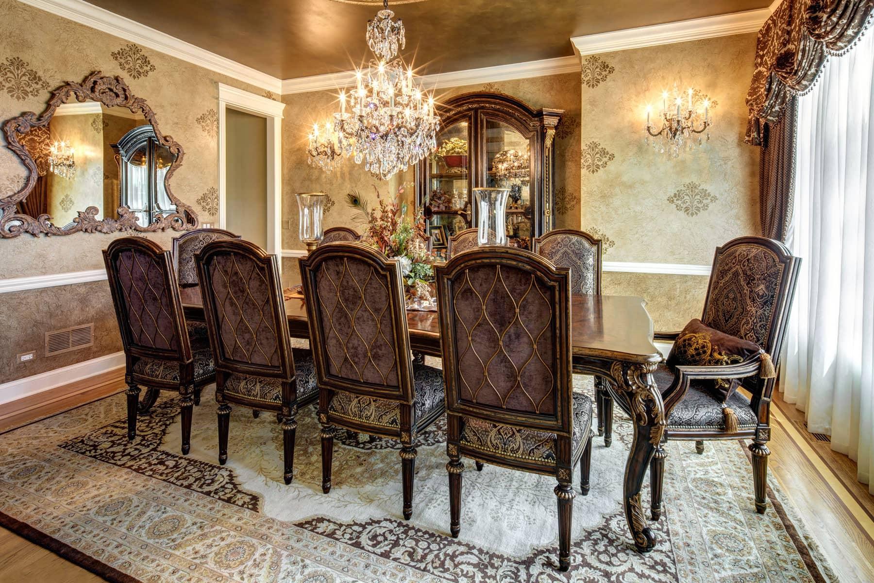 Reclaimed Wood Antique Pine Farmhouse Table