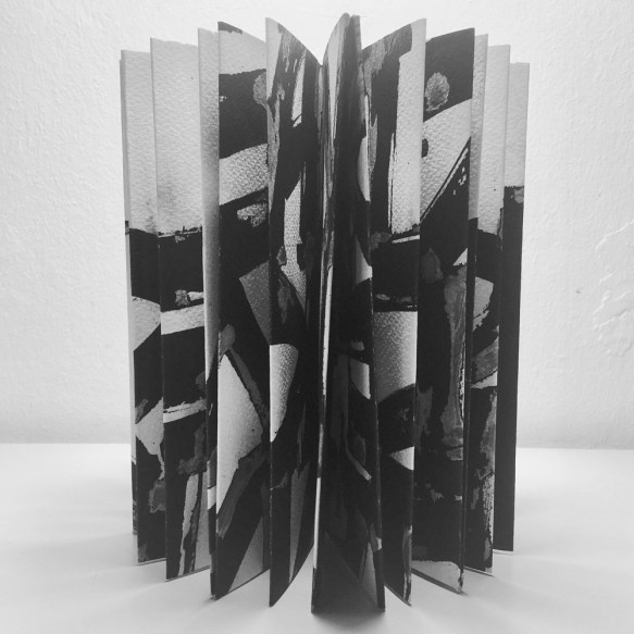 Noi Come Voi - A folded Book