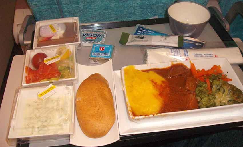 Comida de avião: geralmente, insosa e sem gosto
