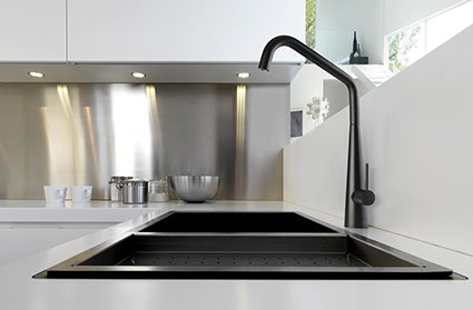 black sink kitchen red aid mixer italian mixers linsol elias matte