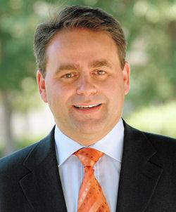 https://i0.wp.com/www.linternaute.com/actualite/politique/municipales/ministres-candidats/images/xavier-bertrand.jpg