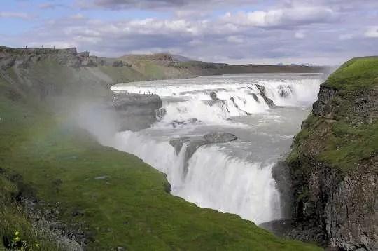 chute de gullfoss, islande, juillet 2004. la chute de gullfoss est la plus