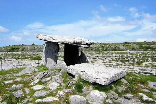 dolmen de poulnabrone