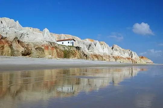la plage des sources au brésil.