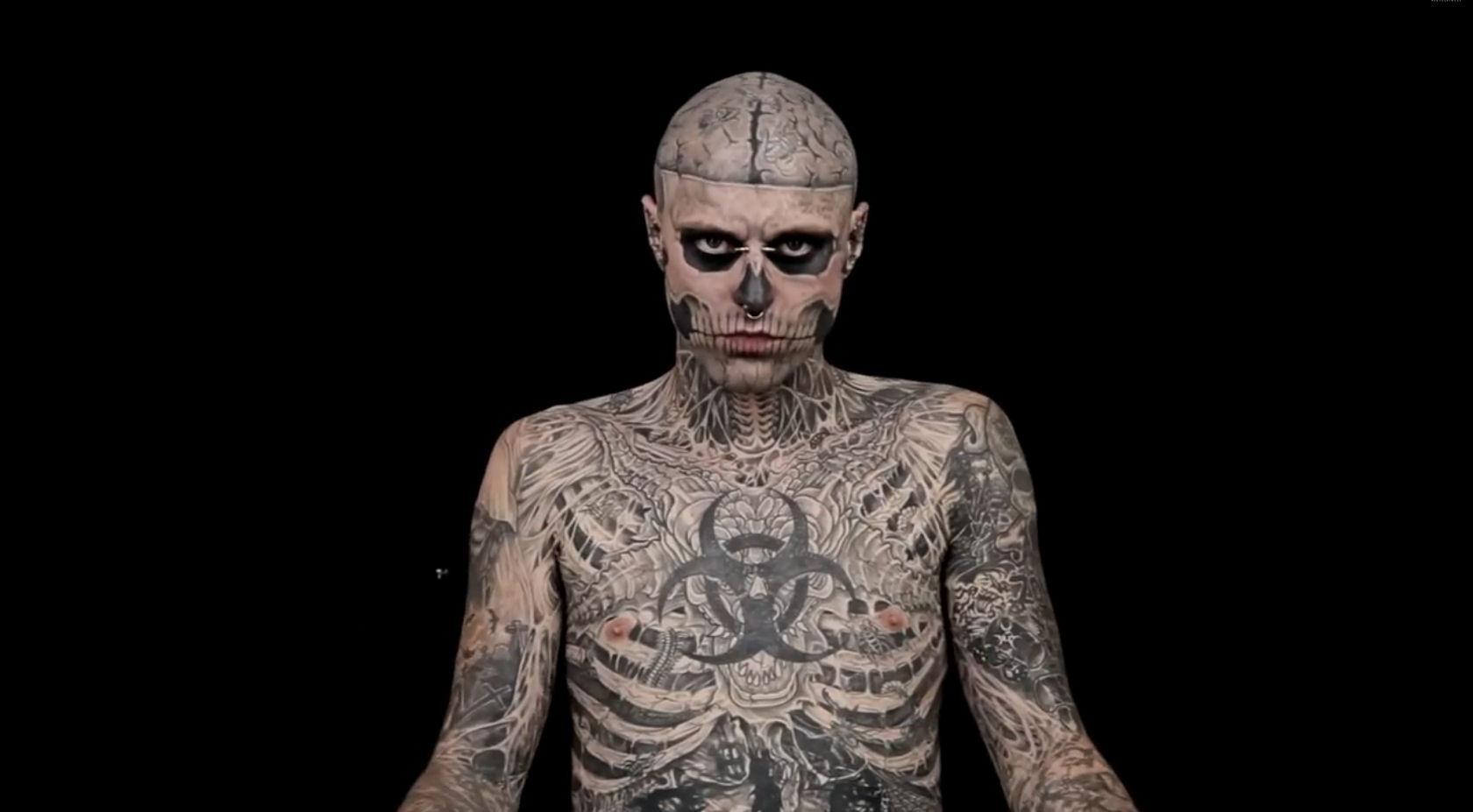 Tatouages301 les plus tatouages du monde - L homme le plus beau au monde ...
