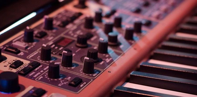 10 Best Free Linux Synthesizers - LinuxLinks