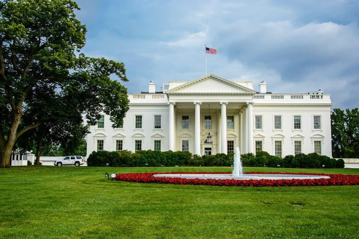 White House hosts US Buddhist leaders  Lions Roar