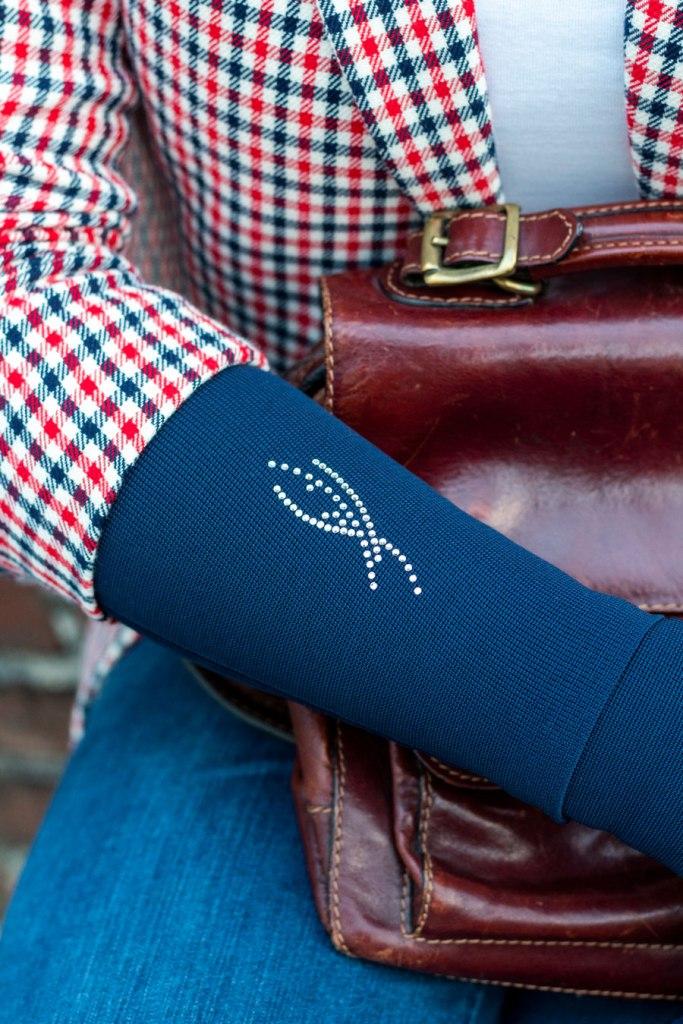 Lipoedem fashion navy blue red bowler hat Britchic Caroline Sprott medi arm compression arm socks Plus Size