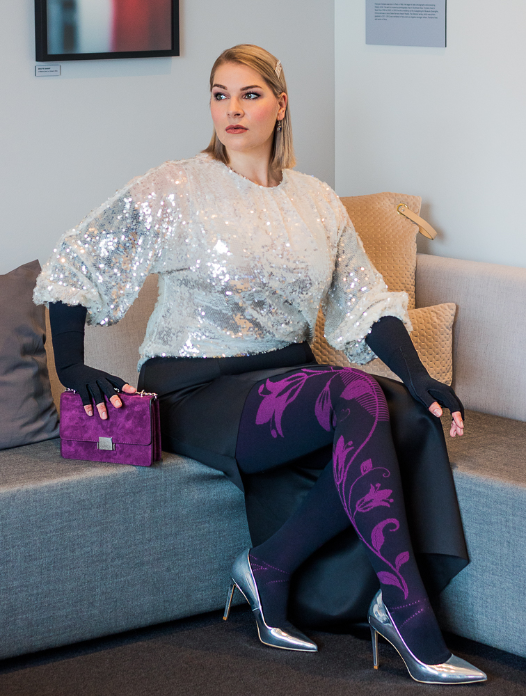 lipedema fashion outfit christmas mediven 550 flower berry plus size look christmas caroline sprott