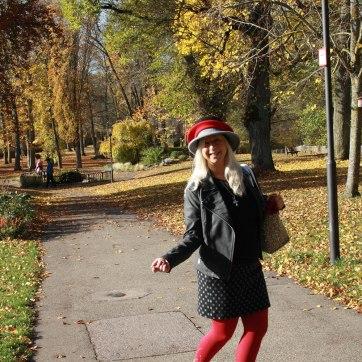lipödem mode lymphödem ursula thomé anra kompression kirschrot medi swarovski outfit bestager blogger