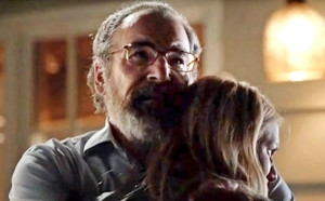 Homeland-304-Carrie-Saul-Embrace