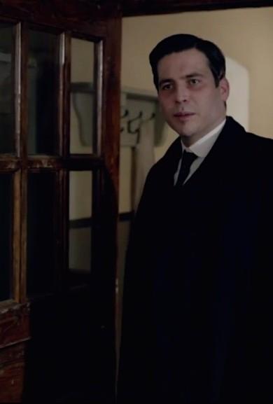 Downton Abbey: Thomas looking peaked
