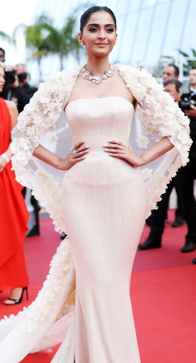 "CANNES, FRANCE - MAY 16: Actress Sonam Kapoor attends the ""Loving"" premiere during the 69th annual Cannes Film Festival at the Palais des Festivals on May 16, 2016 in Cannes, France. (Photo by Andreas Rentz/Getty Images)"