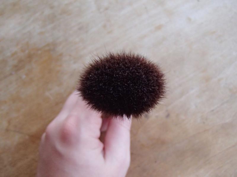 Koyudo Red Squirrel Cheek Brush