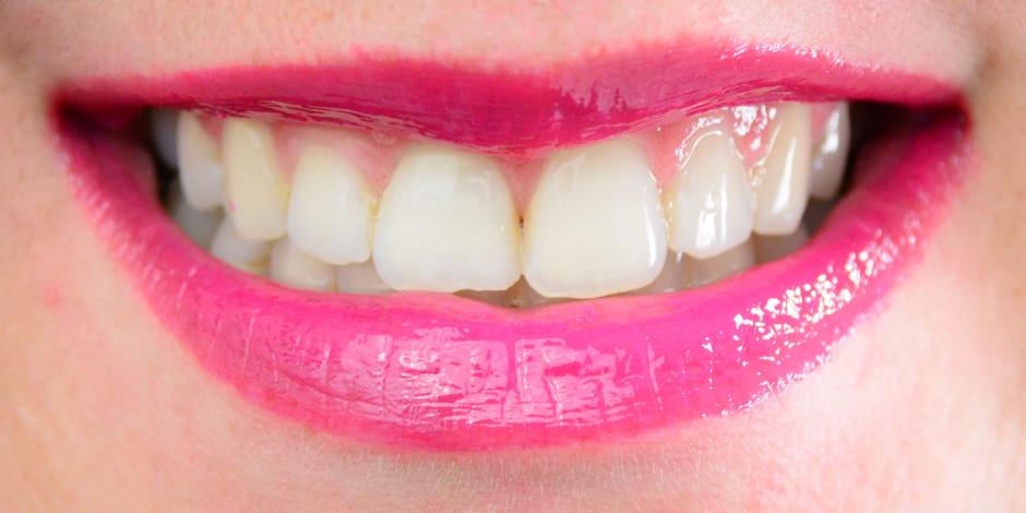 Revlon ColorStay Moisture Stain Lip Swatch 015 Barcelona Nights