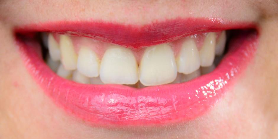 Revlon ColorStay Moisture Stain Lip Swatch 025 Cannes Crush