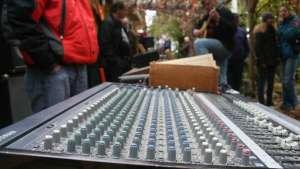 770422258-musikinitiative-rosenheim-mir-flohmarkt-instrumente-equipment-verkauf-vetternwirtschaft-v1pbnq9eo1n22uef