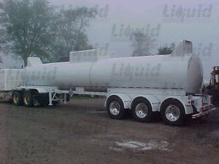 dot412-7200-fiberglass-acid-transport-trailer