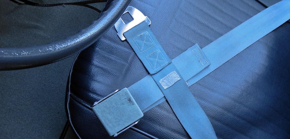 Chevrolet Corvette  parachute belts