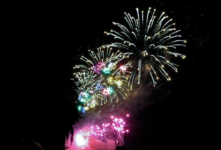 Fireworks in Trenton - giant sunbursts