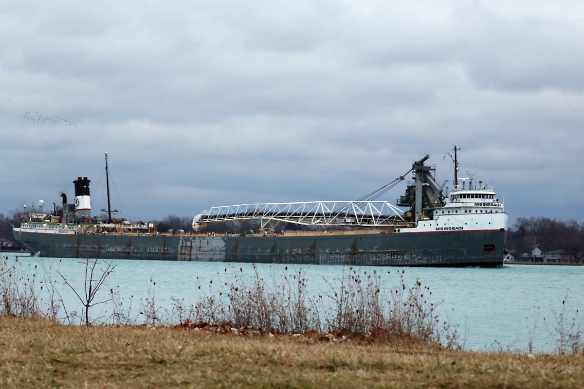Mississagi freighter travels along the Detroit River