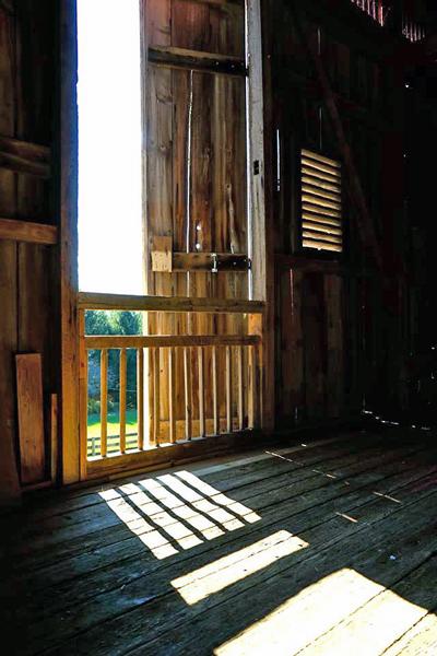 barn_door-600x400