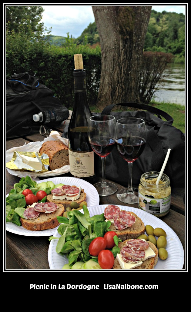 Picnic in La Dordogne:Eating and Drinking Our Way through France LisaNalbone.com