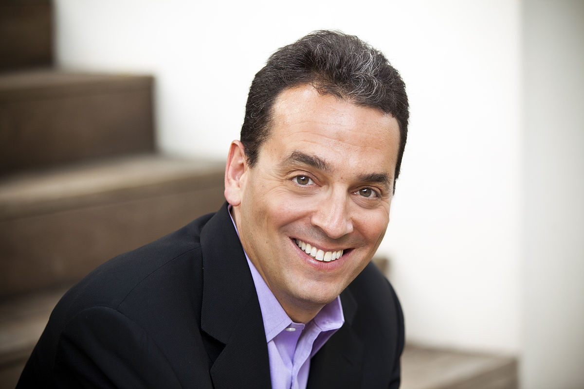 "Dan Pink: ""We are our stories"""