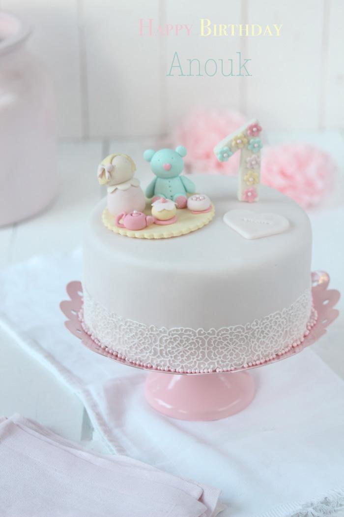Fondant Geburtstagstorte  Lisbeths