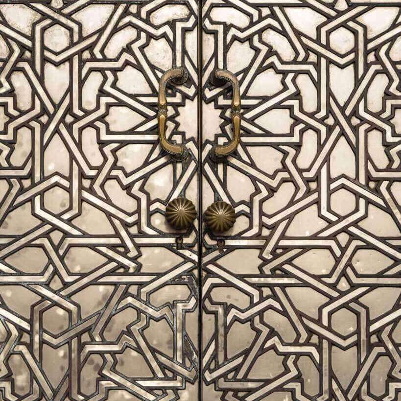 casablanca-hassan-II-door-closeup