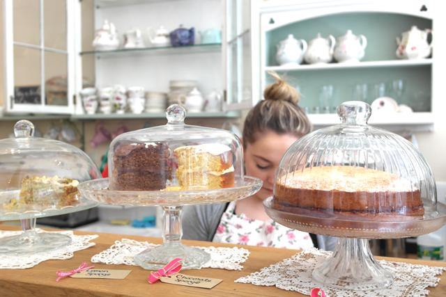 cake-vintage-tearoom