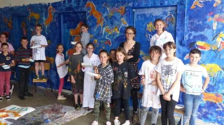 Liska Llorca a montré aux élèves comment libérer le mouvement des chevaux - © Photo NR
