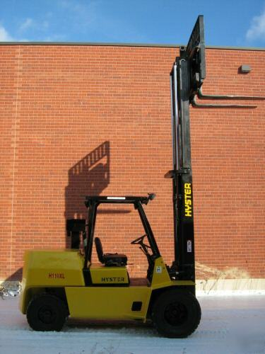 Hyster 11000 lbs forklift diesel outdoor lift truck